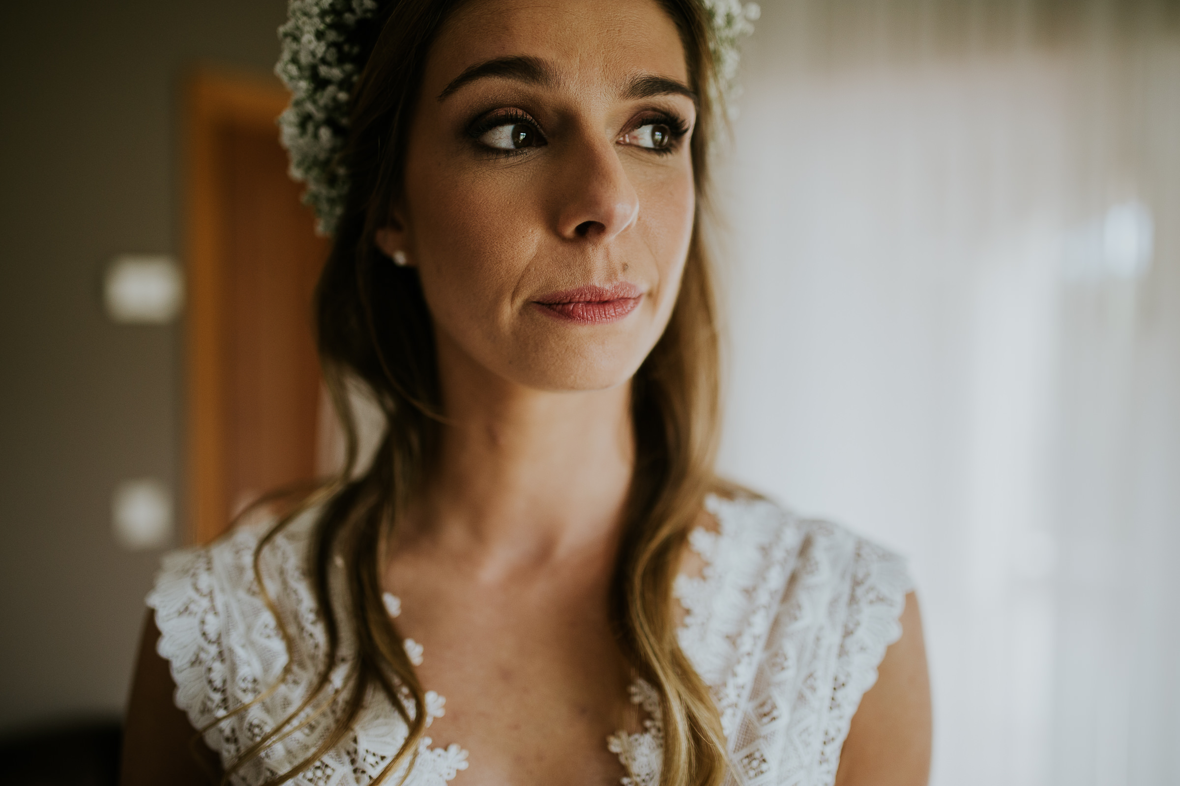 Closeup of a relaxed Bride looking to the side